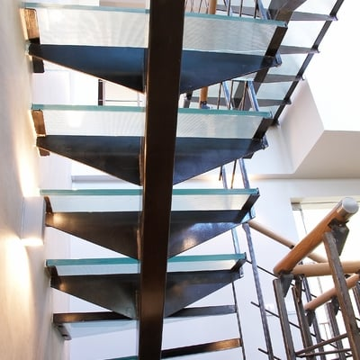 Escalera de cristal