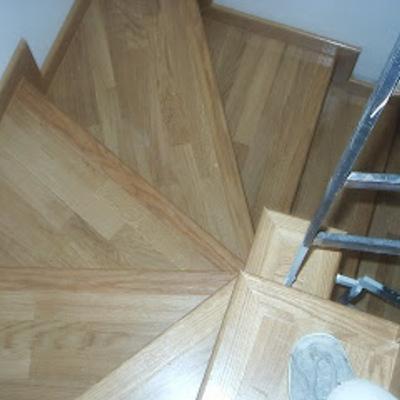 Escalera en duplex en Terrassa obra nueva