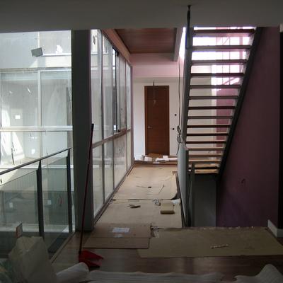 Escalera Interior y Patio