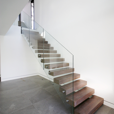 escalera madera-vidrio