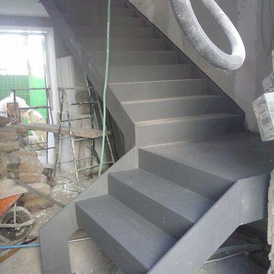 Rehabilitación de vivienda para uso comercial en Utrera