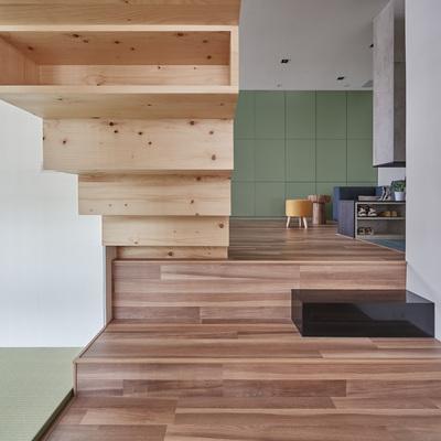 Clara y despejada: 40 m² en tres niveles