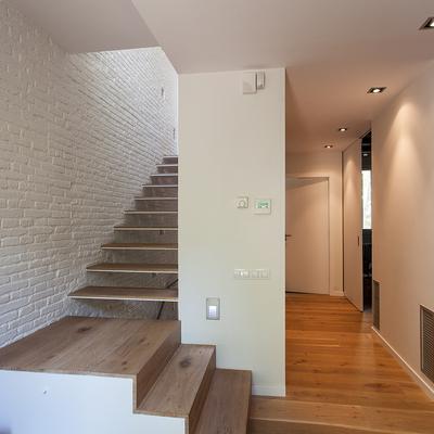 Escalera que lleva a la planta superior