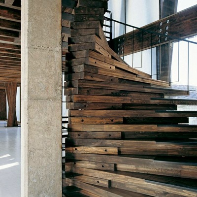 Ideas y fotos de escaleras de estilo r stico para for Escaleras de madera rusticas