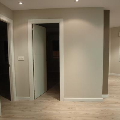 Espacio final de hall , integrado a cocina-salon