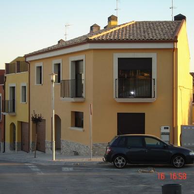 Proyecto de construcción de cuatro viviendas unifamiliares