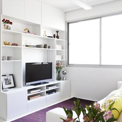 """Un estudio de 35 m² que apuesta por el """"all in white"""""""