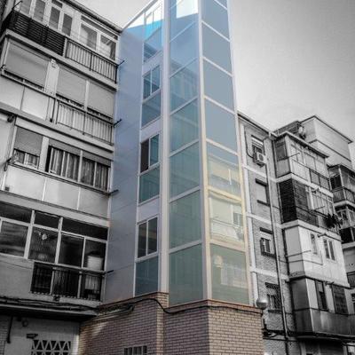 Instalación Ascensor por exterior con estructura