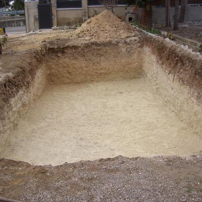 Derribo y excavacion para piscina