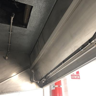 Instalación de Extinción Automatica para campana extractora de cocina Industrial