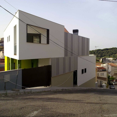 2 Habitatges Unifamiliars Aparellats