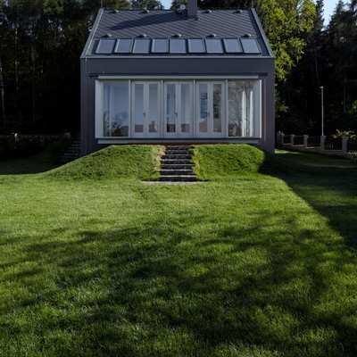 fachada al jardín