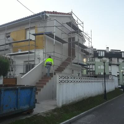 Pintado de fachada en torrelavega