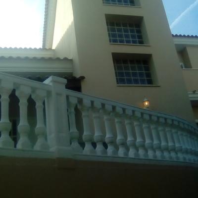 Restauración de fachada en chalet en Picasent