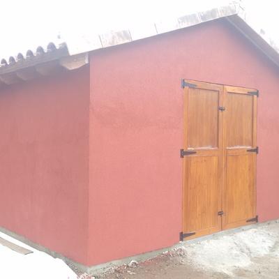 Caseta Madera con revestimiento de mortero