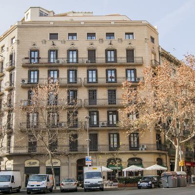 2014 - 2015 Rehabilitación integral de fachadas, patios y cubiertas Villarroel 19. Barcelona