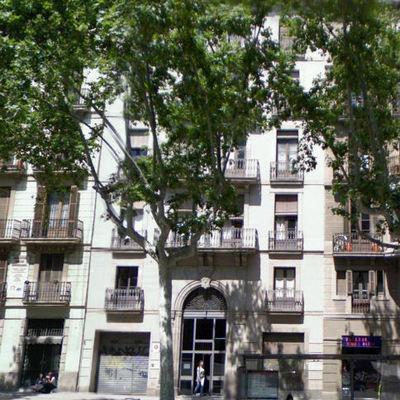 Edificio de viviendas en Pg. Sant Joan. Barcelona