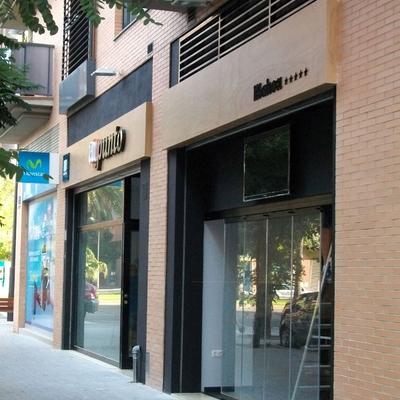 Precio reformas locales comerciales en valencia habitissimo for Toldos para locales comerciales
