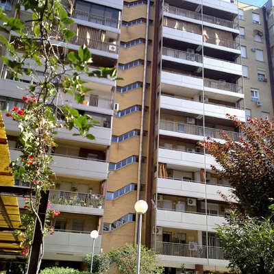 Rehabilitacion de fachada de terrazas Residencial Oriente bloque 2, Sevilla.