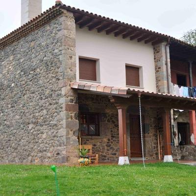 Rehabilitación de vivienda unifamiliar adosada en Mieres