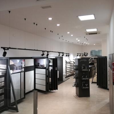 Iluminación LED en nueva tienda de Saloni