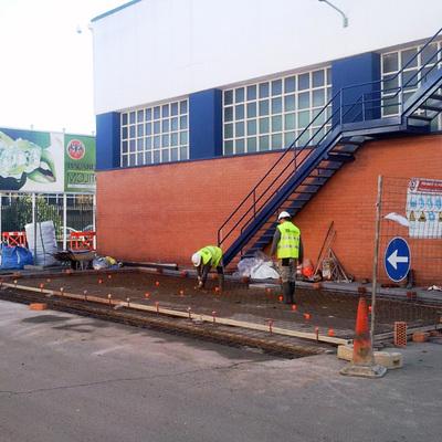 Construcción De Obra Civil Y Cerramiento Metálico Para Taller Industrial
