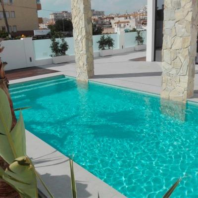 Construcción 7 piscinas en Torrevieja