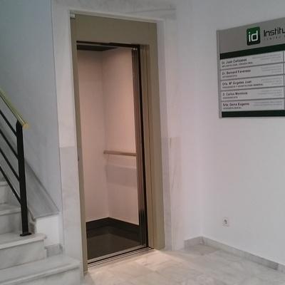 Elevador para clínica dental en Alicante