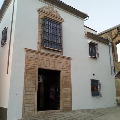 Foto general de la fachada sin letrero