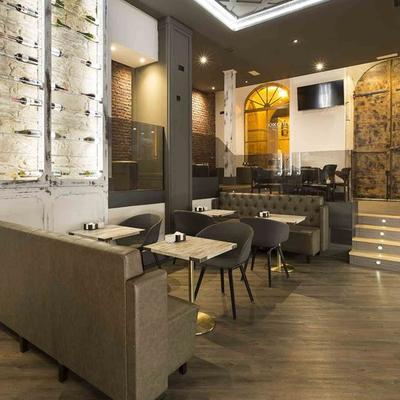 Reforma completa cafetería en A Coruña