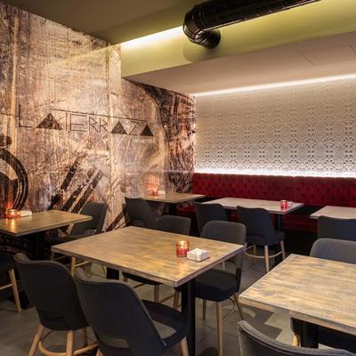 Reforma parcial cafetería-restaurante en A Coruña