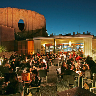 Oasis urbanos secretos: Guía de las mejores terrazas españolas