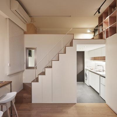 escalera apartamento pequeño