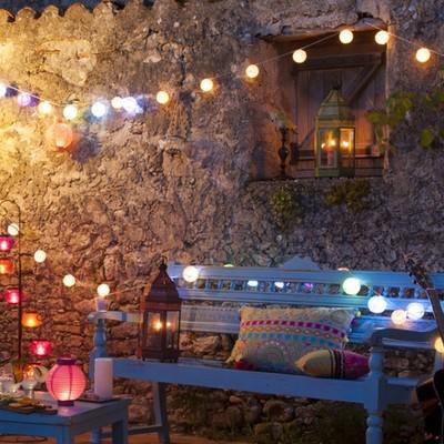 Ilumina tu terraza o jardín para las noches de verano