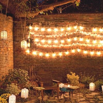 Haz brillar tu terraza con guirnaldas luminosas
