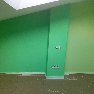 Pintura piso duplex varios colores, Girona