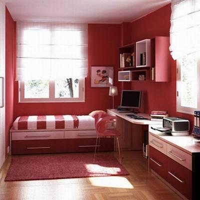 Habitación con combinados de rojos