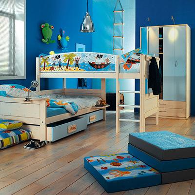 habitación infantil pirata en azul