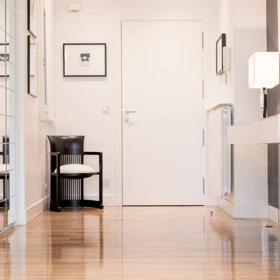 Una vivienda con un cuidado estilo contemporáneo