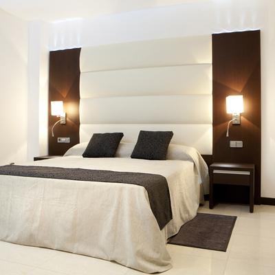 HOTEL EN BATA
