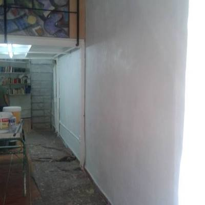 Arreglar humedades en el taller del gran pintor alicantino pepe gimeno