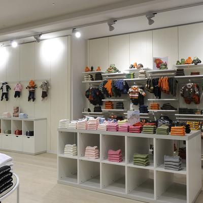 Iluminacion interior tienda