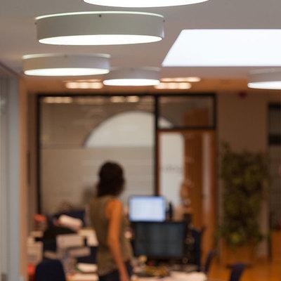 Iluminación led en oficina