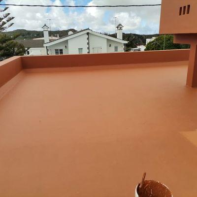 Proyecto de pintura impermeabilización de azotea muros, paredes y casetas.