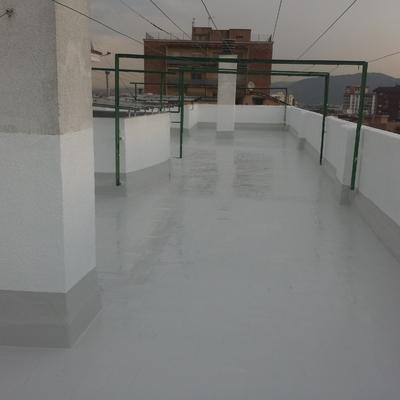 Impermeabilización de Cubierta Transitable con Sistema de Poliuretano Liquido