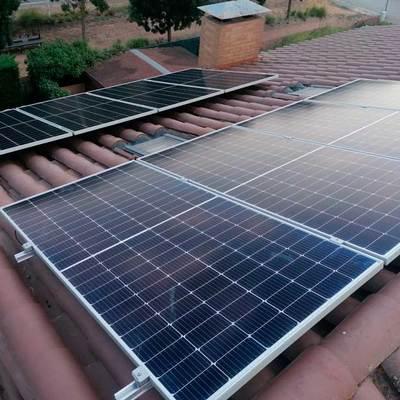 Instal·lació de panells solars autoconsum a Bordils