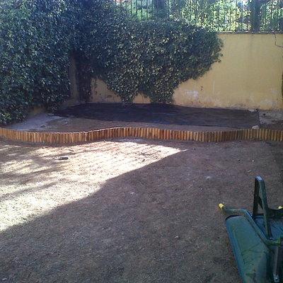 INSTALACION DE BORDURAS  DE MADERA