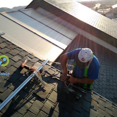Instalación de placas solares en vivienda