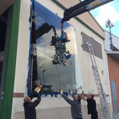 Instalacion de vidrios laminados 8+8 con una medida de 380.0 x 300.0 ( Massanassa - Valencia )