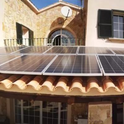 Instalación fotovoltaica finalizada